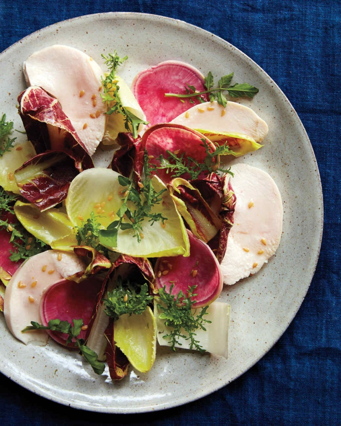 salade composée pour buffet froid, salade légumes et mozarella