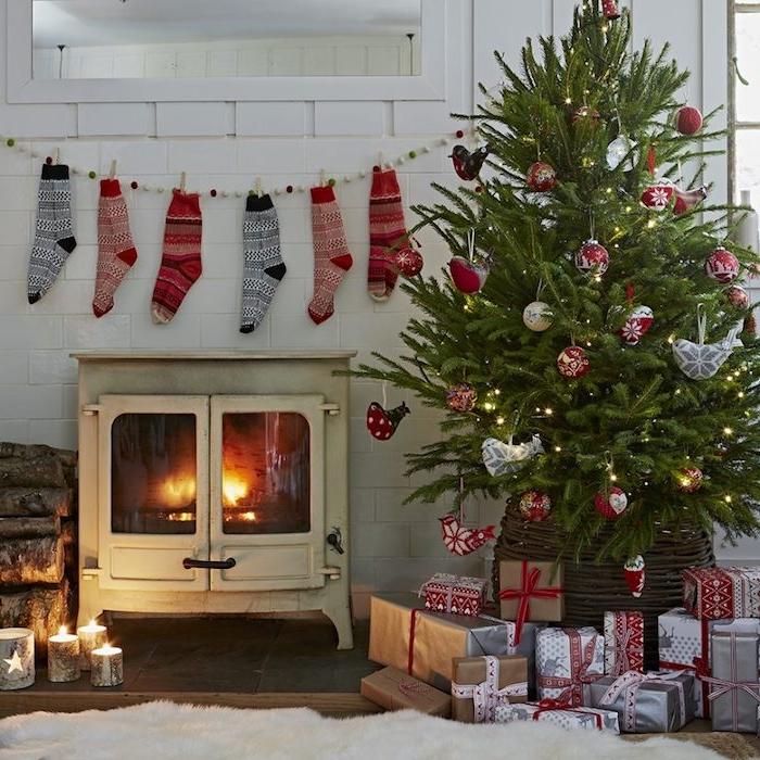 Decoration Noel Argent Et Rouge
