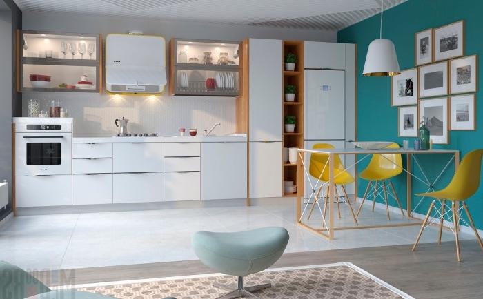 déco scandinave, cuisine blanche aux meubles en bois avec table à manger et chaises jaunes, peinture murale en verte