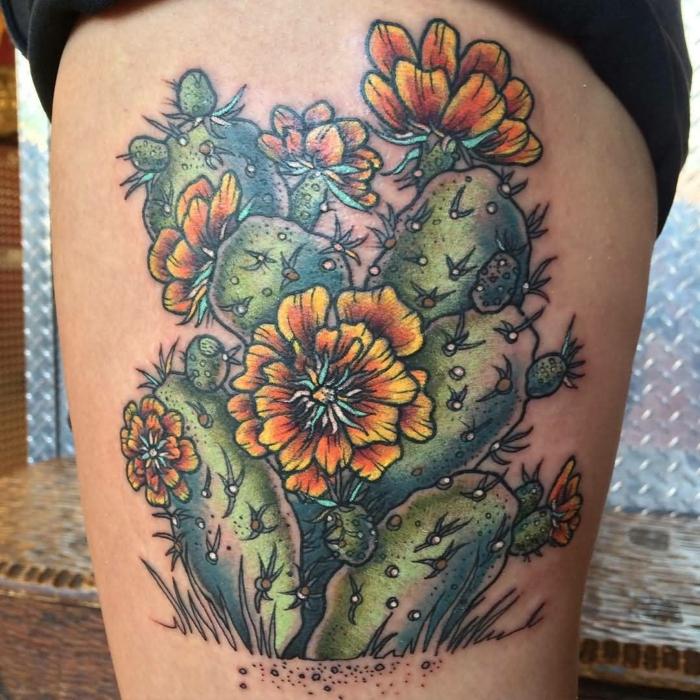 tatouage cuisse femme, fleur dangeureuse tatouée à la cuisse, plsuieurs fleurs épanouies