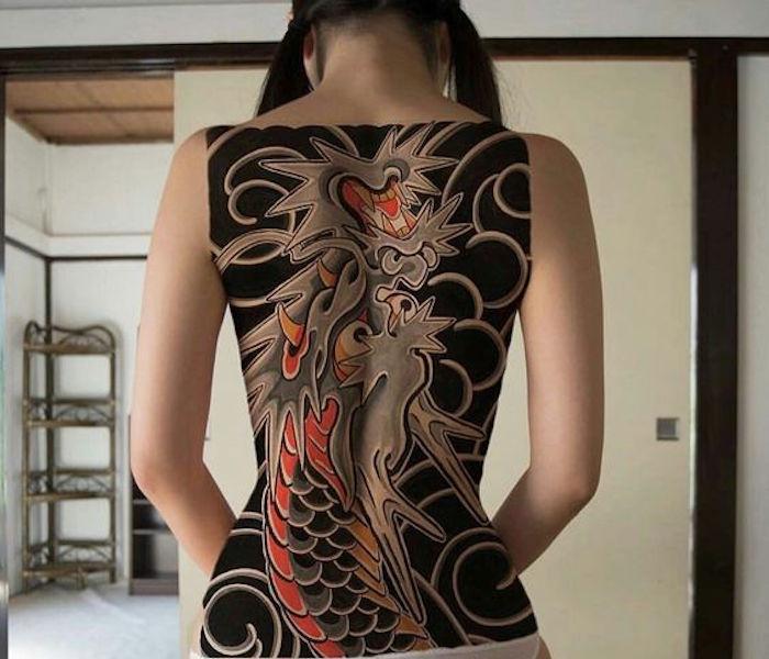 tatouage dos femme asiatique tatouage. Black Bedroom Furniture Sets. Home Design Ideas