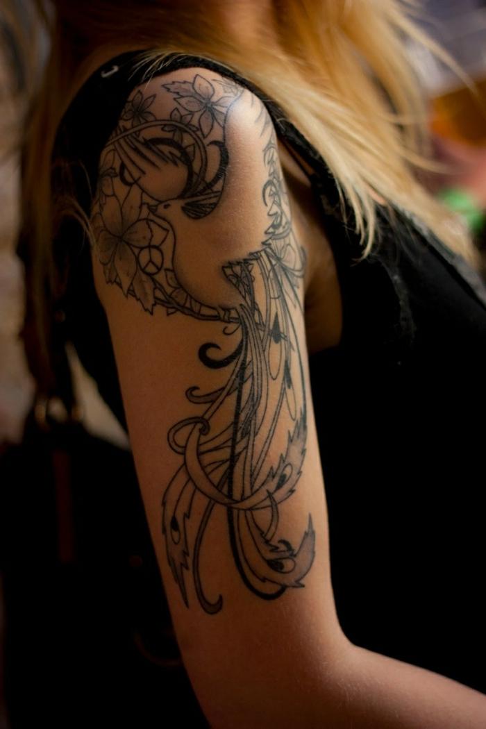 tatouage demi bras femme