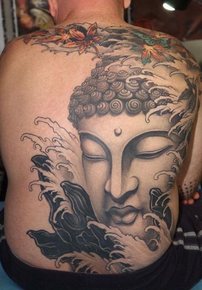 tattoo bouddha dans le dos style irezumi japonais