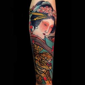 Tatouage geisha – plaisir et tradition