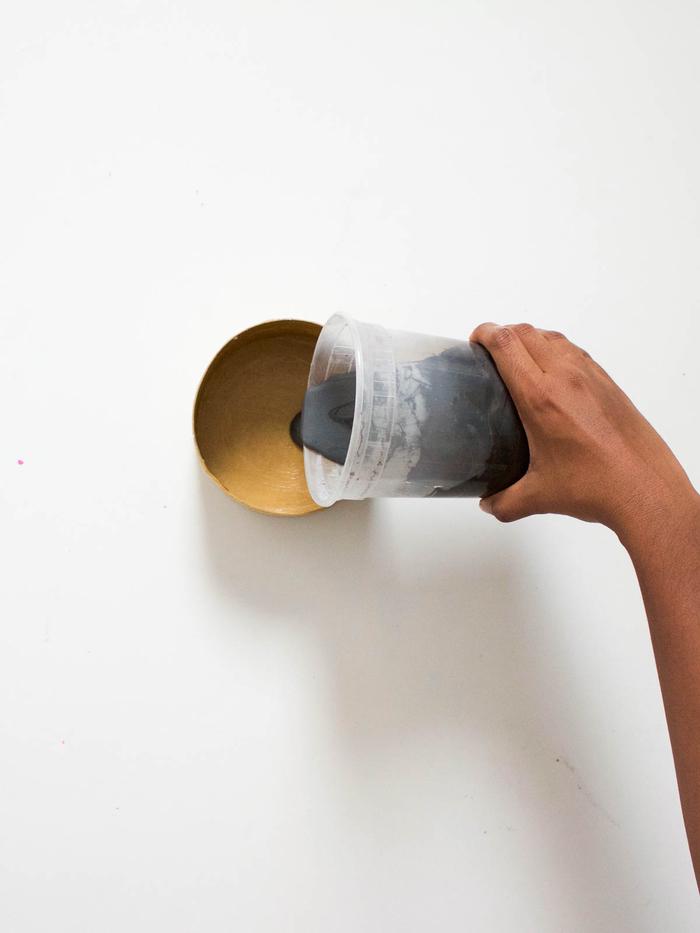 une boîte à bijoux en béton facile à réaliser, idées pour des loisirs creatifs avec du béton