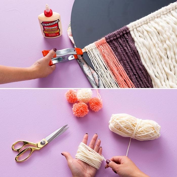 bricolage avec de la laine pour donner un accent bohème chic à son intérieur, tuto pour réaliser un déco originale avec une tenture murale à pompons et un miroir rond