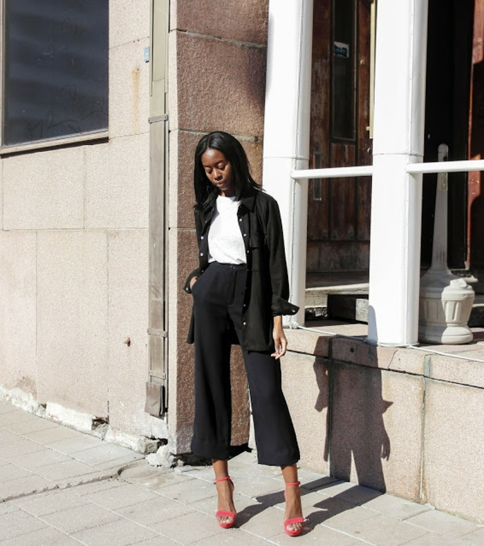 Belle idee tenue simple et chic look femme chic vetements noir et blanc