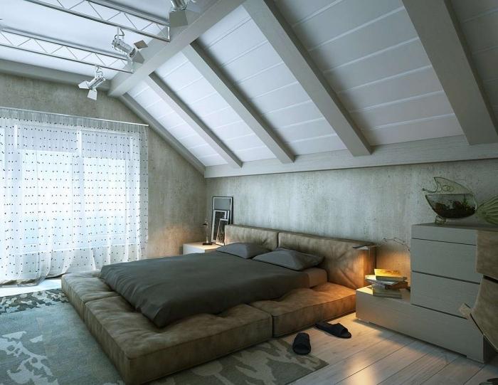 deco chambre, meubles en bois clair sans poignées, papier peint à design mur bétonné, tapis rectangulaire en gris