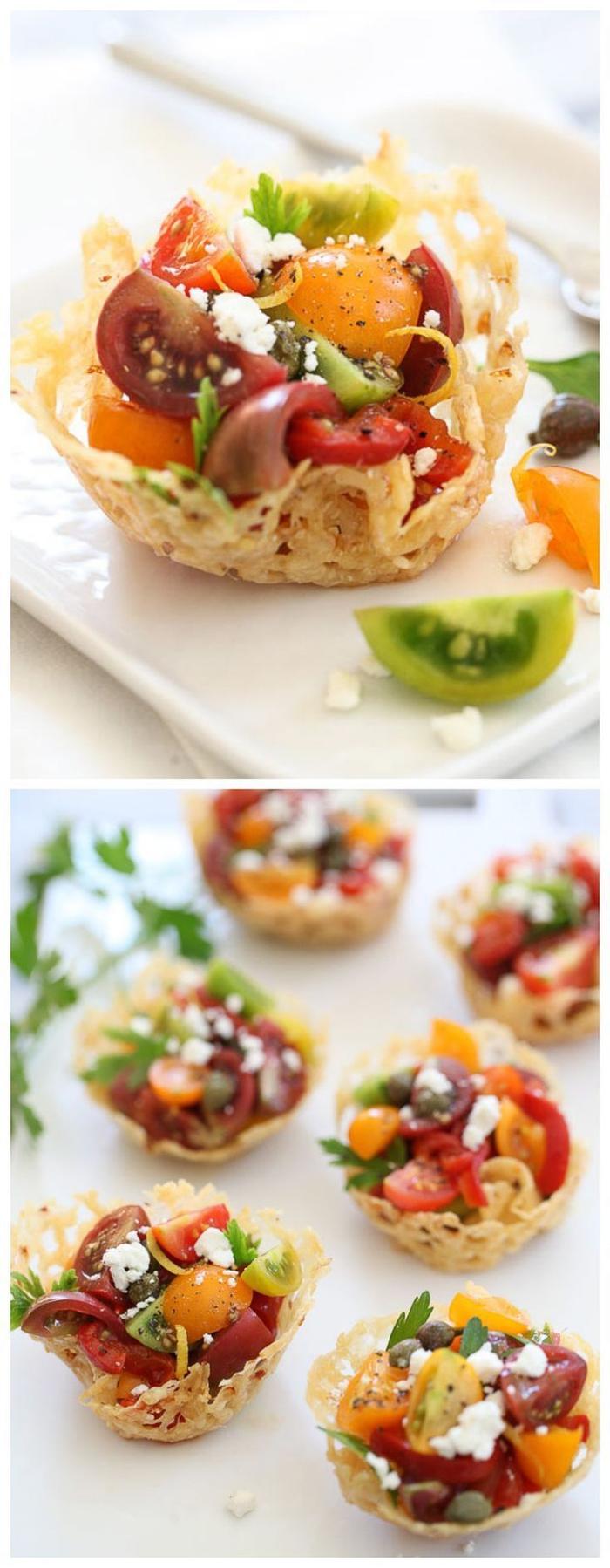 recette végétarienne rapide de tartelettes au parmesan garnies de salade de tomates façon caprese servie de façon élégante