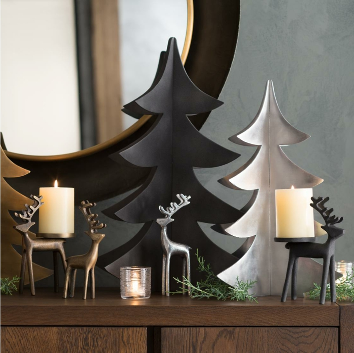 arbres de noel en carton, grand miroir rond, arbres diy en carton peints en blanc et en noir