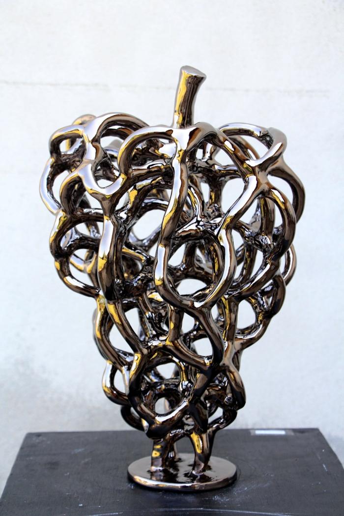 contemporain art Stephane Desmaris sculpture raisin Botrus Chrome un objet déco patiné