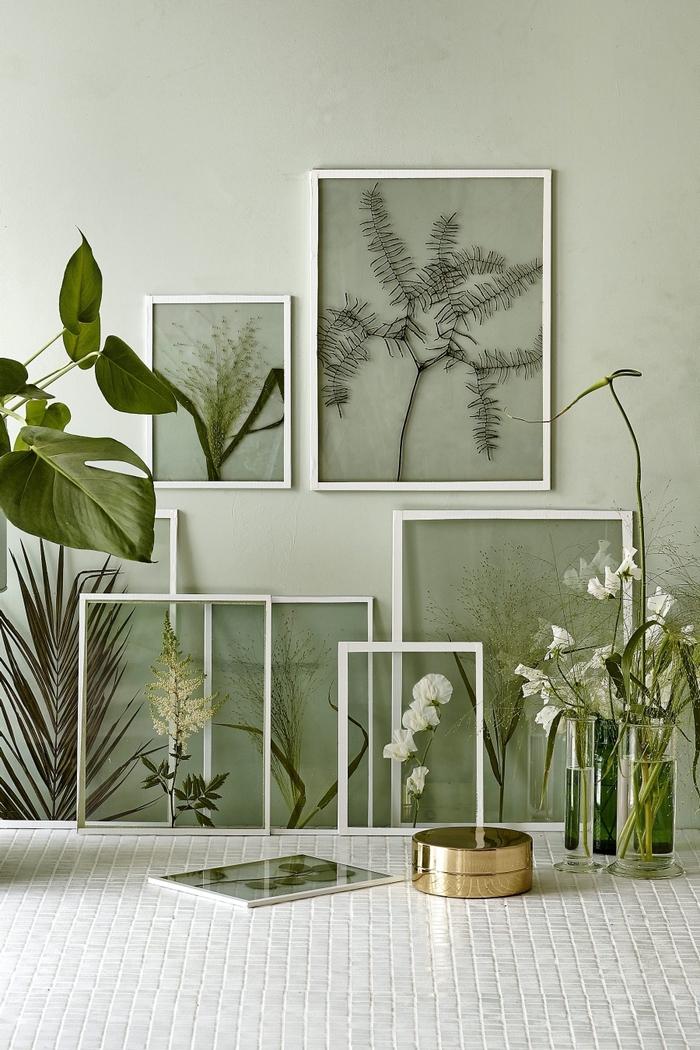 réalisez une jolie composition florale encadrée pour apporter une touche végétale et vintage sur vos murs