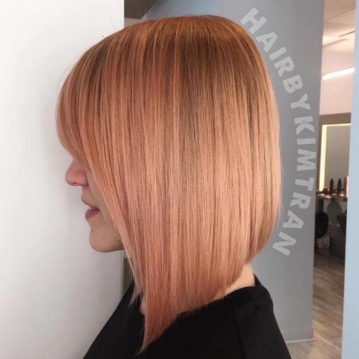 carré plongeant avec frange coiffure femme blond venitien orange