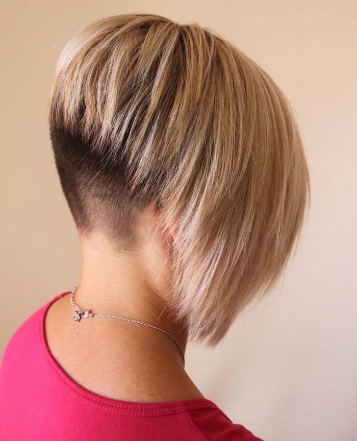 coiffure femme carré tres plongeant