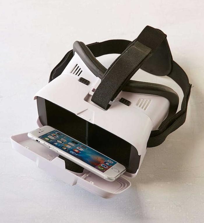 cadeau anniversaire femme, cadeau de noel original, casque de réalité virtuelle, idée de cadeau hi tech