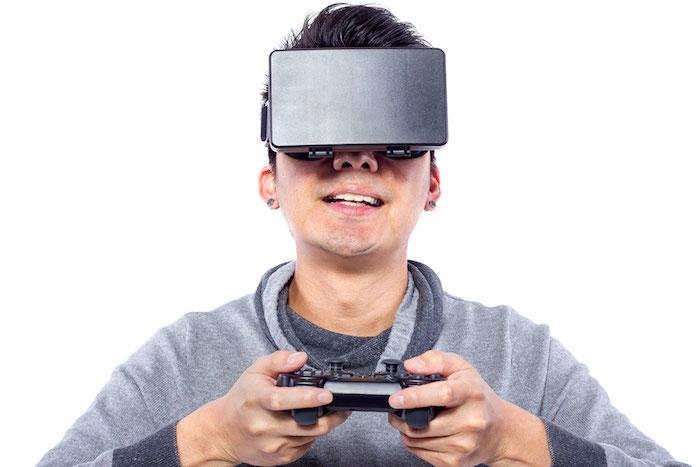 cadeau de noel ado garcon, casque de réalité virtuelle, gadget technologique dernière génération