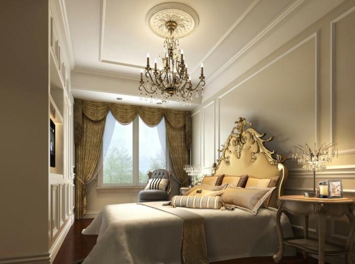 chambre de luxe moderne, chandelier baroque, tete de lit baroque, rideaux beiges