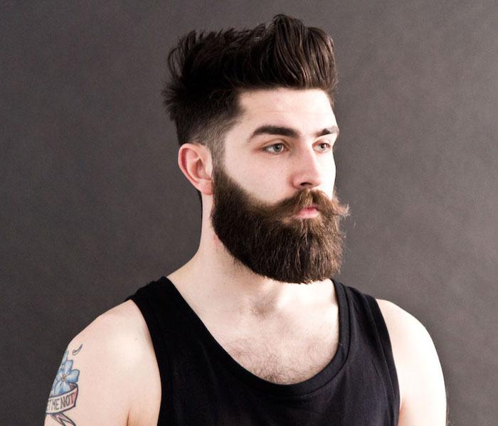 tailler sa barbe longue de hipster dégradé américain