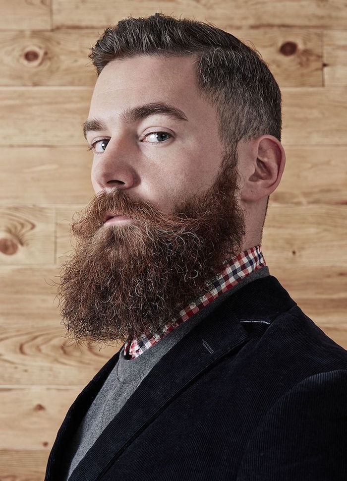 barbe carrée idee barbe visage rond style bucheron hipster