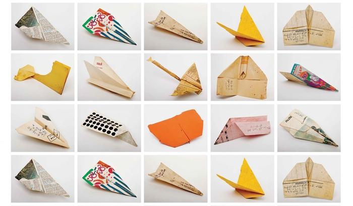 des modèles variés d'origami avion vintage originaux réalisés en papier recyclé