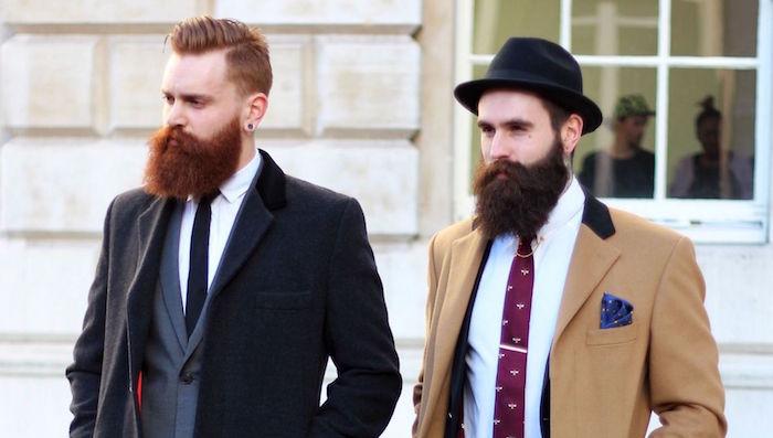 hispter homme roux longue barbe epaisse costume
