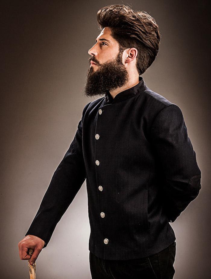 taille sa barbe en pointe à la mode tendance homme