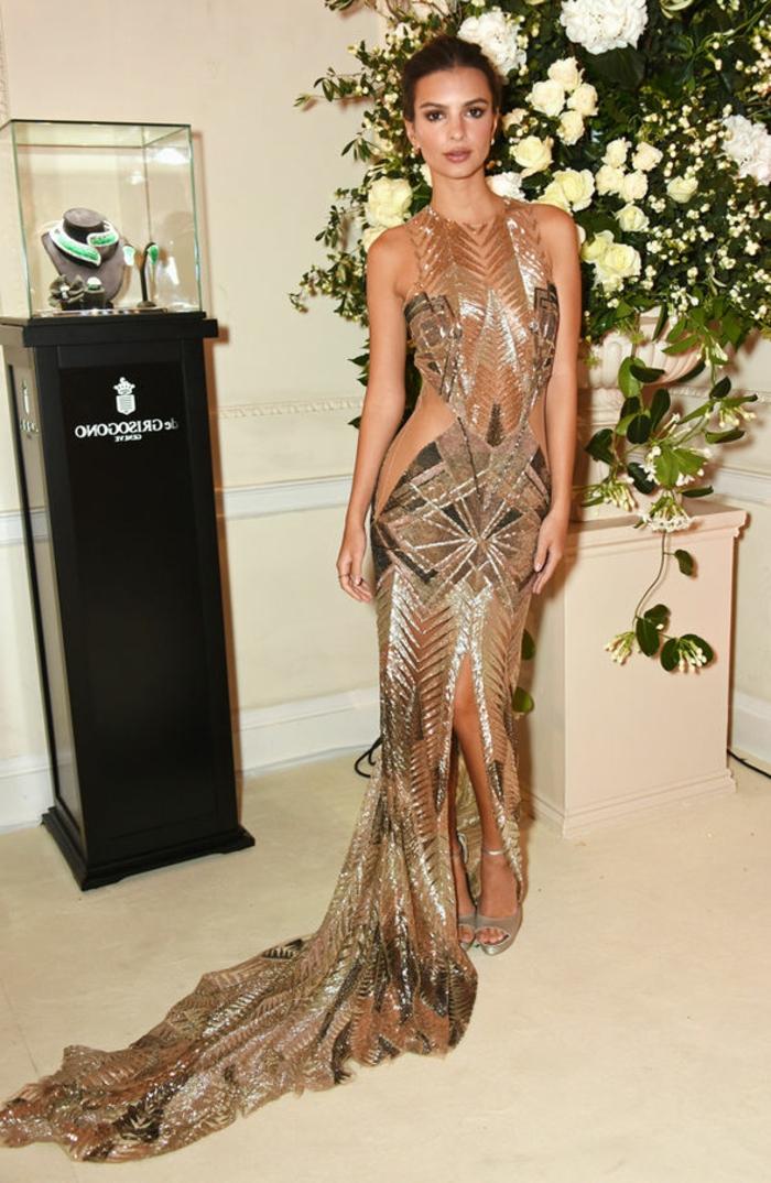 Belle robe sans manches robe nouvel an femme bien habillée