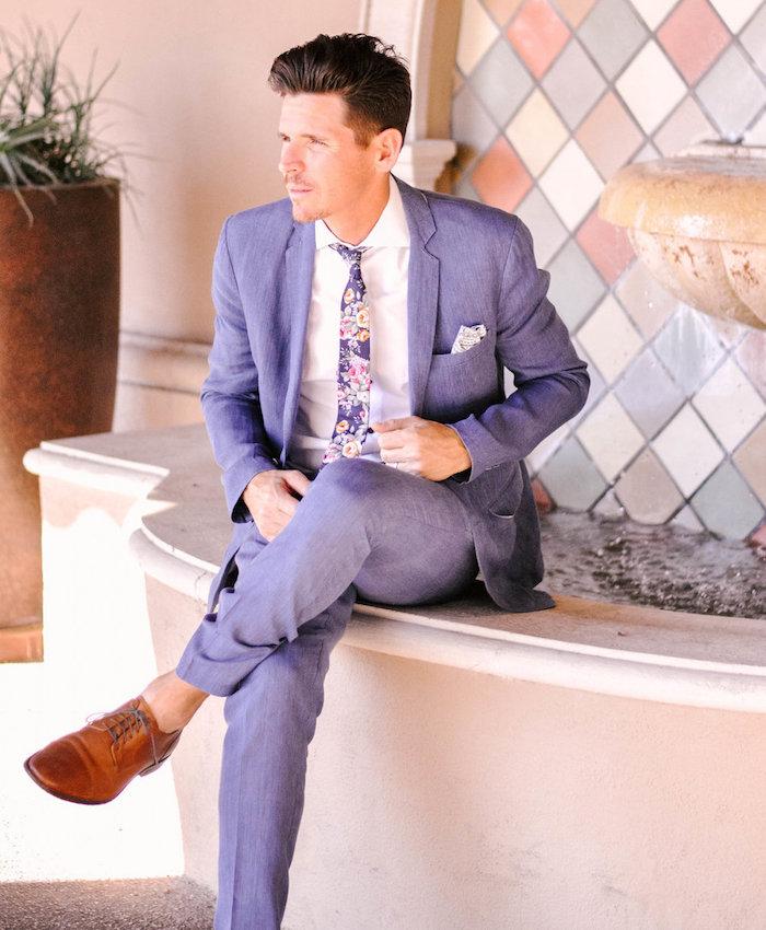 costume de mariage homme violet mauve lavande cravate fleurs