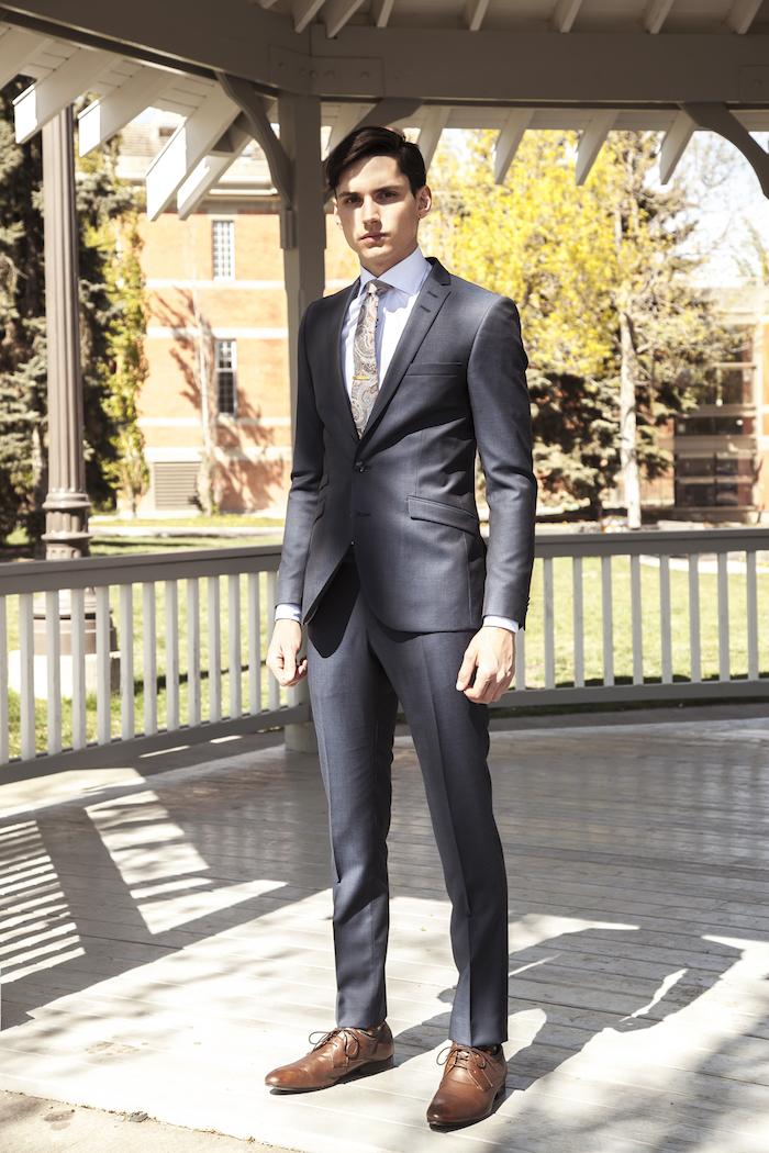 costume pour homme gris tenue de mariage