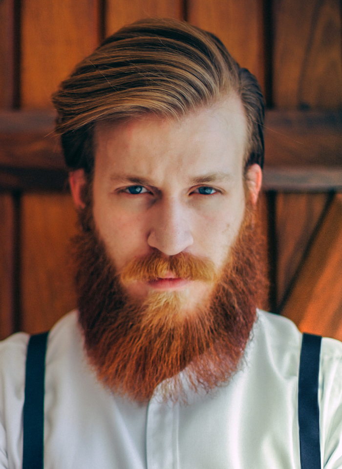 homme hipster taillage de barbe tailler barbe roux style vintage