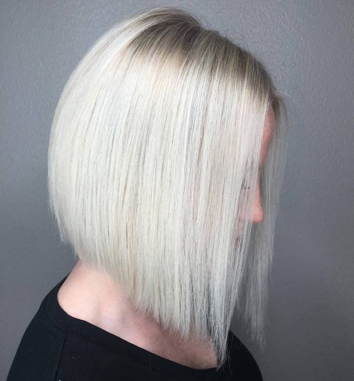 coupe de cheveux carré long blond polaire long en dégradé