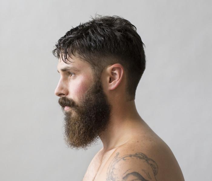 coupe de cheveux hipster coiffure homme 2017 avec barbe. Black Bedroom Furniture Sets. Home Design Ideas