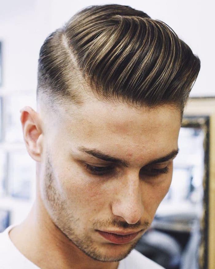 coupe de cheveux mi long homme coiffure américaine style justin beckham