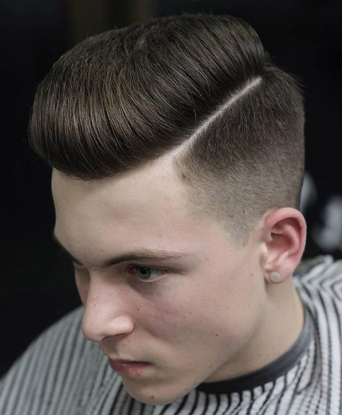 coupe cheveux beckham dégradé progressif coiffure retro pompadour