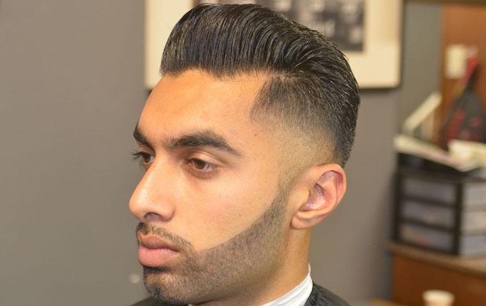 coupe hipster homme dégradé pompadour avec barbe courte