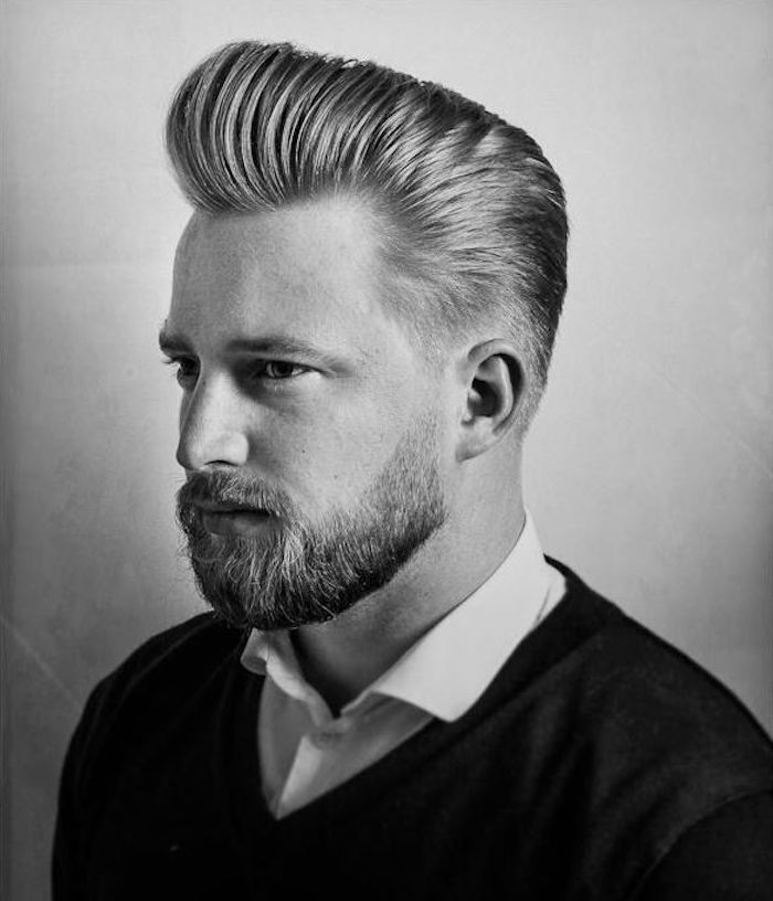coupe de cheveux degradé progressif homme mode hipster pompadour blond