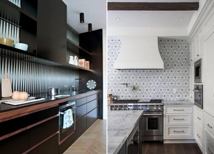 stickers carreaux de ciment, cuisine au plafond blanc et meubles noirs avec crédence aux motifs géométriques bleu et noir