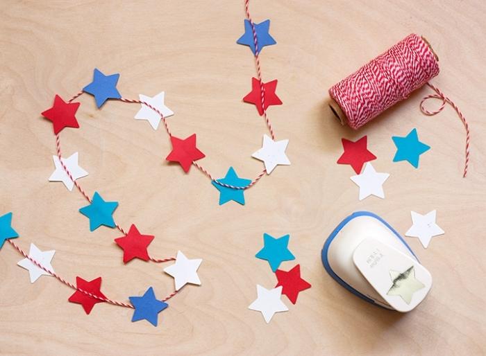 activité manuelle pour ado, comment fabriquer une décoration facile avec papier et cutter étoiles