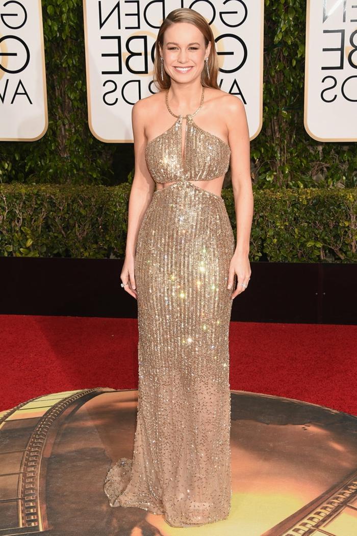 Idée robes longues de soirée tenue habillée robe doree belle