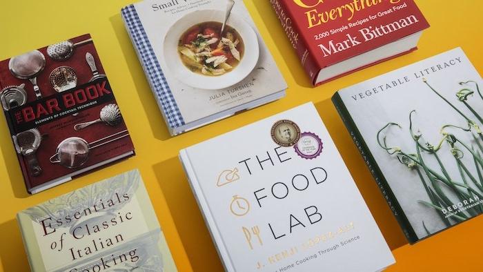 cadeau de noel pour femme, livres art culinaire, cadeau anniversaire maman, collection de différents livres