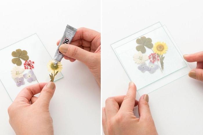 idée pour un bricolage fête des mères sur thème herbier, dessous de verre originaux en verre et mini-fleurs pressées