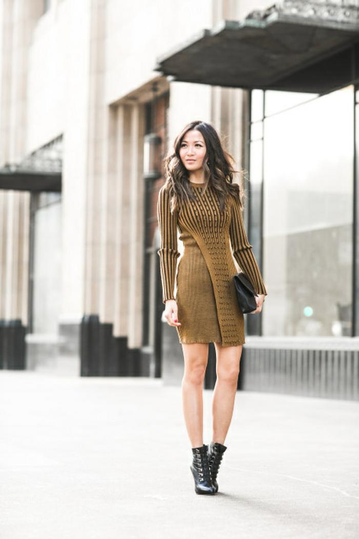 Superbe robe blanc et doré robe dorée courte image de robe doree new york street style