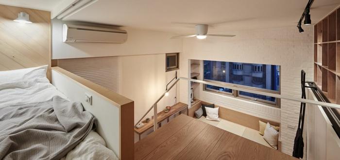 chambre mezzanine, décoration bois et blanc, lampe ventilateur, petite mezzanine pratique