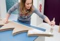 Fabriquez votre arbre de noel en carton à l'aide de nos tutos créatifs