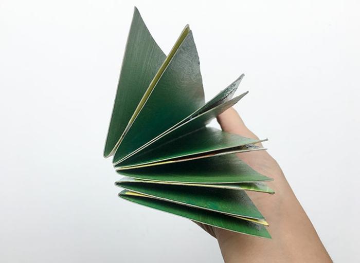 fabriquer un sapin de noel en carton, sapin diy facile à faire avec du carton