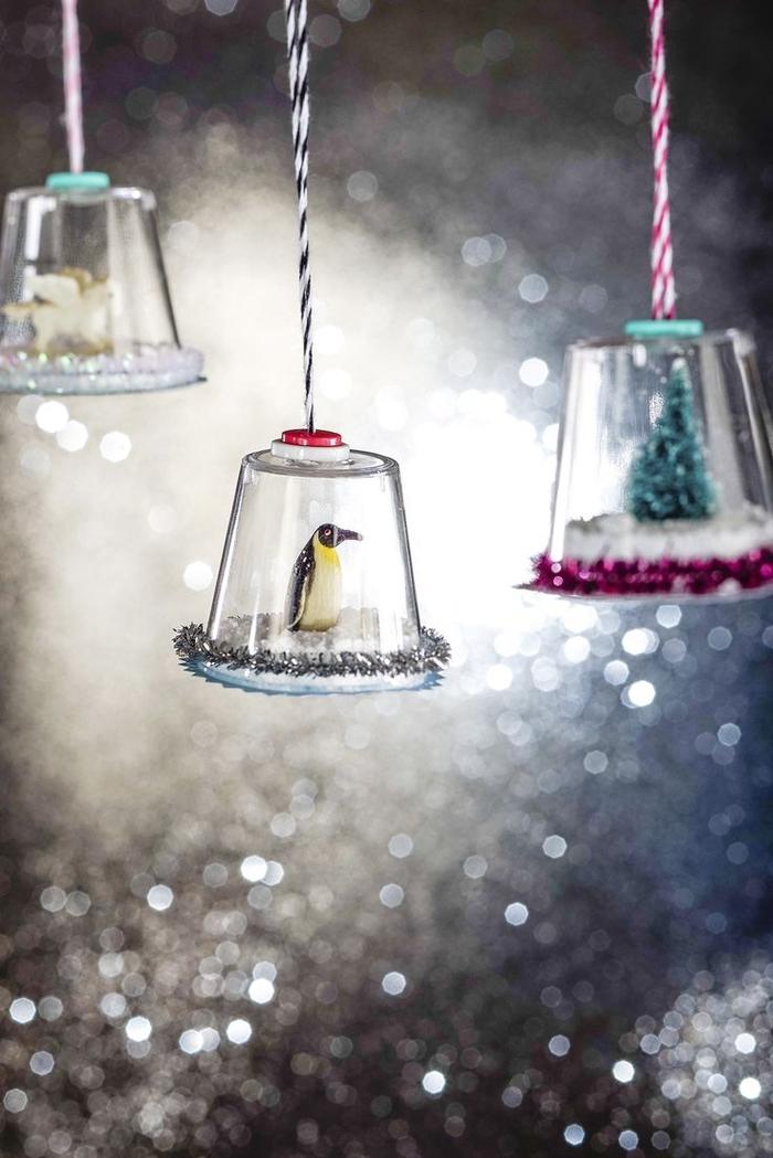 jolie suspension cloche en verre originale réalisée à partir de verre shooter plastique et un bout de carton