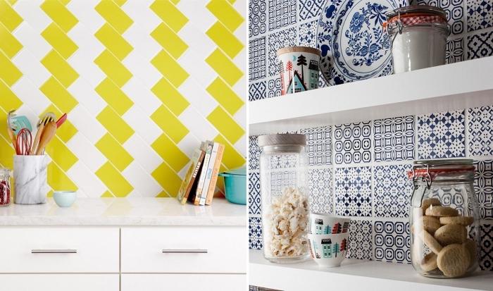 carrelage imitation carreaux de ciment, armoire blanche avec objets cuisine en bois, étagère murale blanche avec bocaux de cuisine