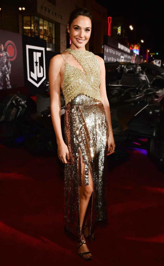 Belle robe manche longue robe nouvel an femme bien habillée femme jupe et top doré