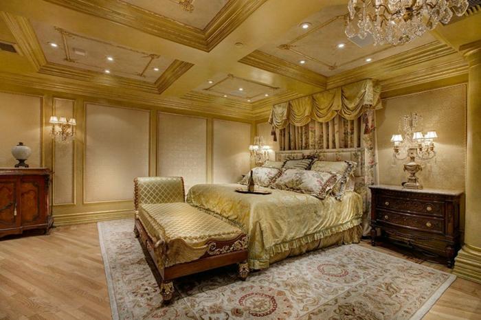 lit baroque, tapis persan, grande banquette de lit, commode en bois solide, plafond beige