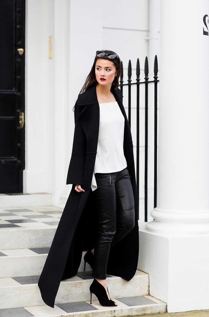 femme bien habillée, tenue en blanc et noir pour femme, combiner le pantalon en cuir noir avec chemise blanche